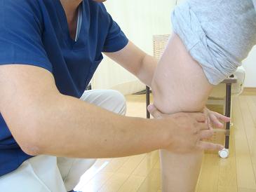膝の痛みの改善体操